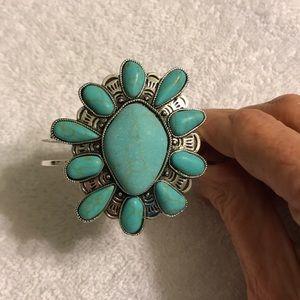 Jewelry - Bangle bracelet or cuff bracelet